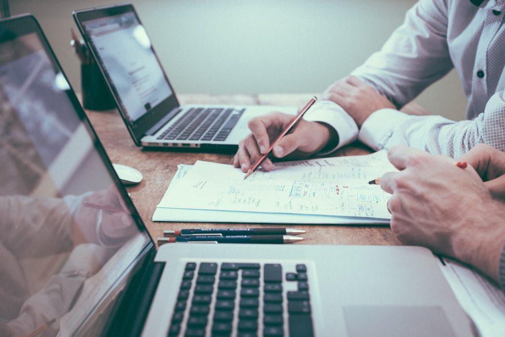 Webbsidor som jämför lån är en succé – här är anledningarna