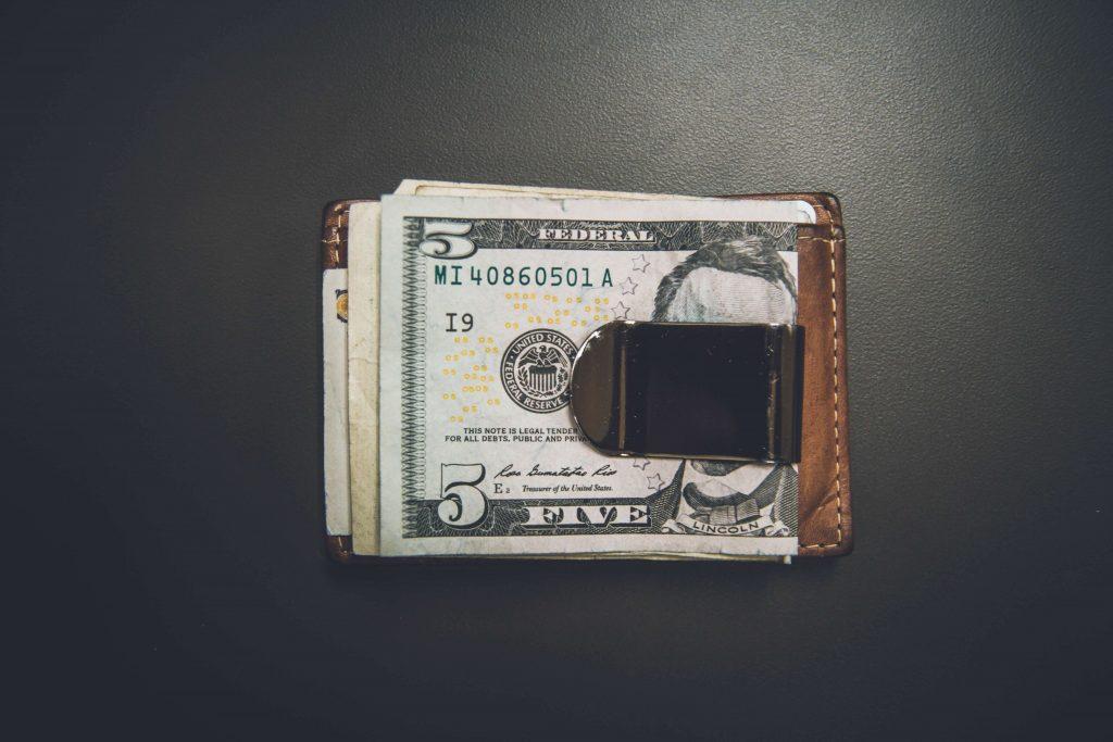 Lär dig grunderna om aktier och fonder